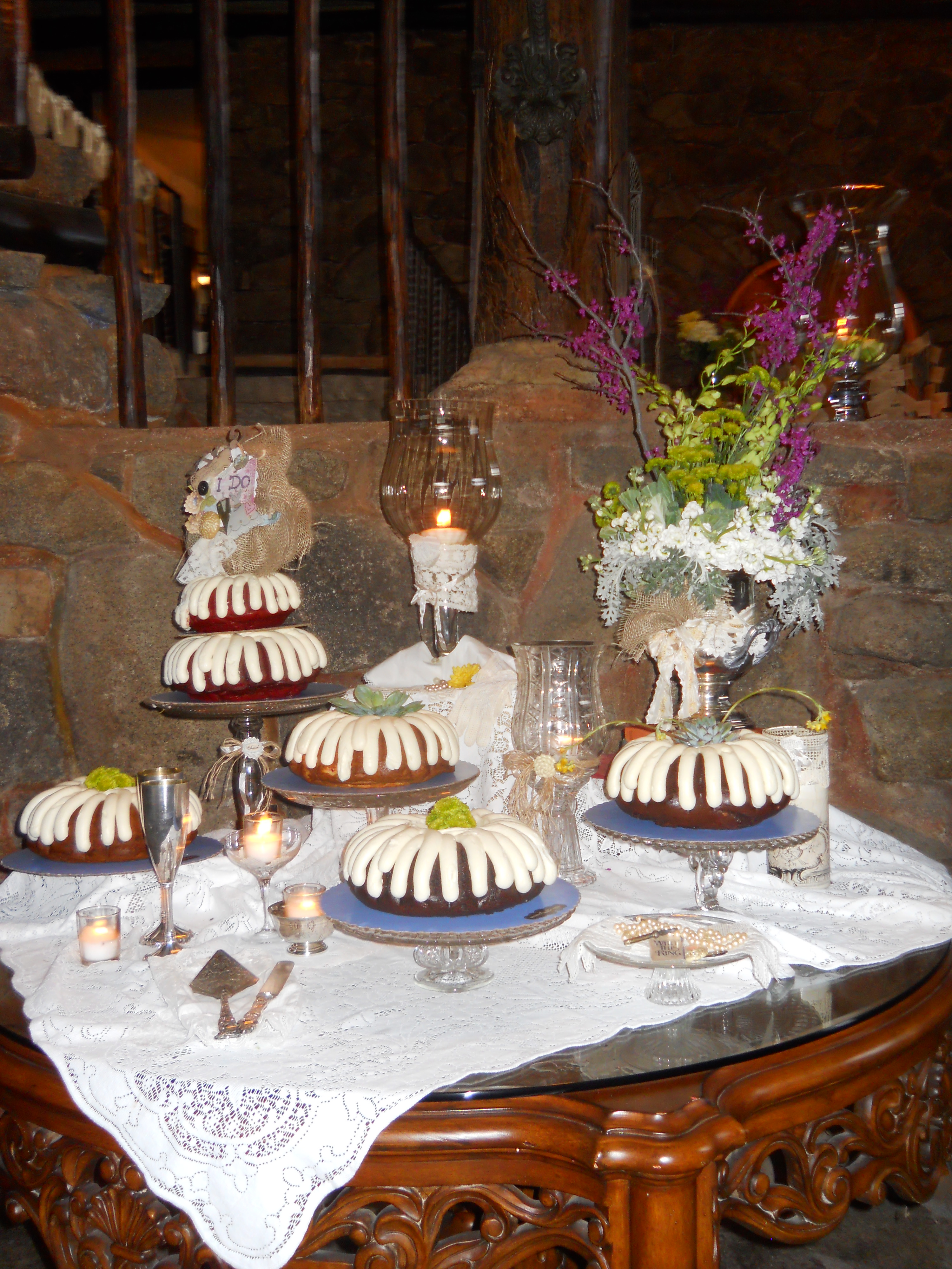 Nothing Bundt Cakes Catering In San Go Personal Touch Wedding Pictures Bernit Bridal